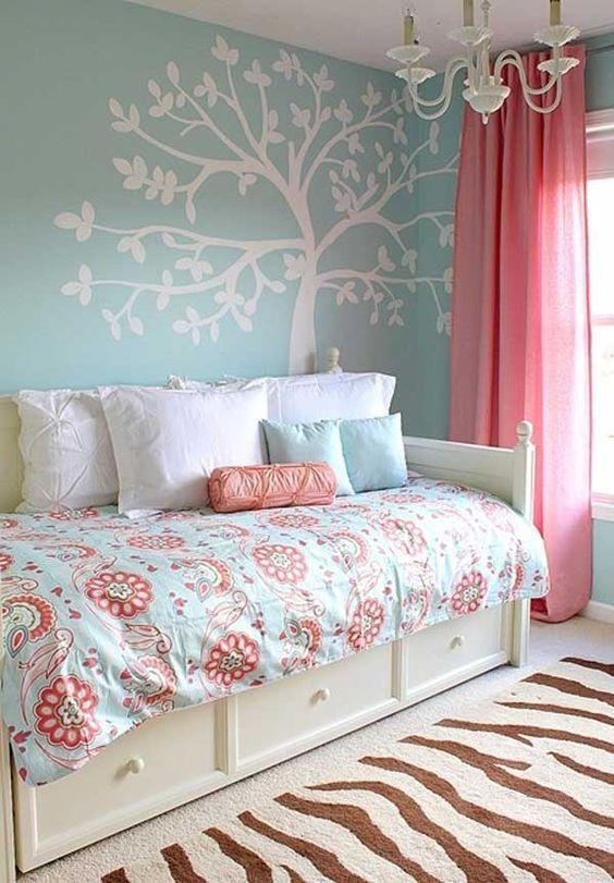 50 Nifty Small Bedroom Ideas and Designs — RenoGuide ...