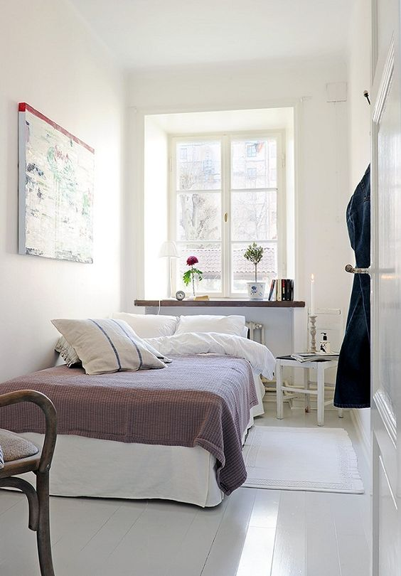50 Nifty Small Bedroom Ideas and Designs — RenoGuide ...
