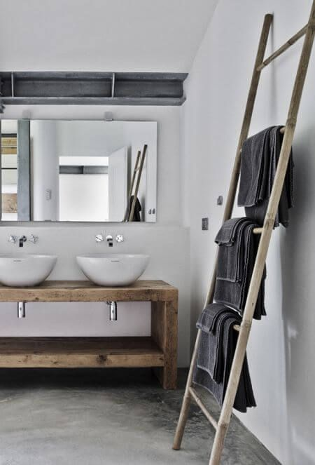 ladder towel bar