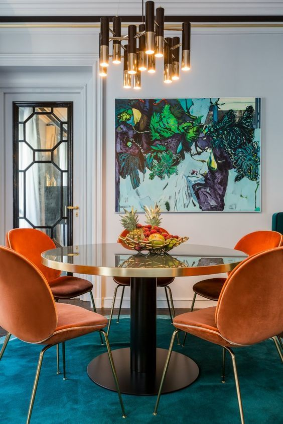 rich and bold dining room
