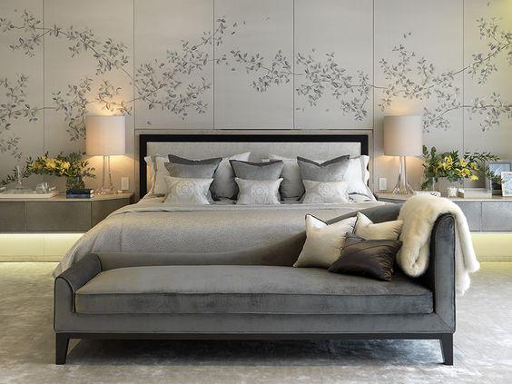 delicately designed luxurious bedroom