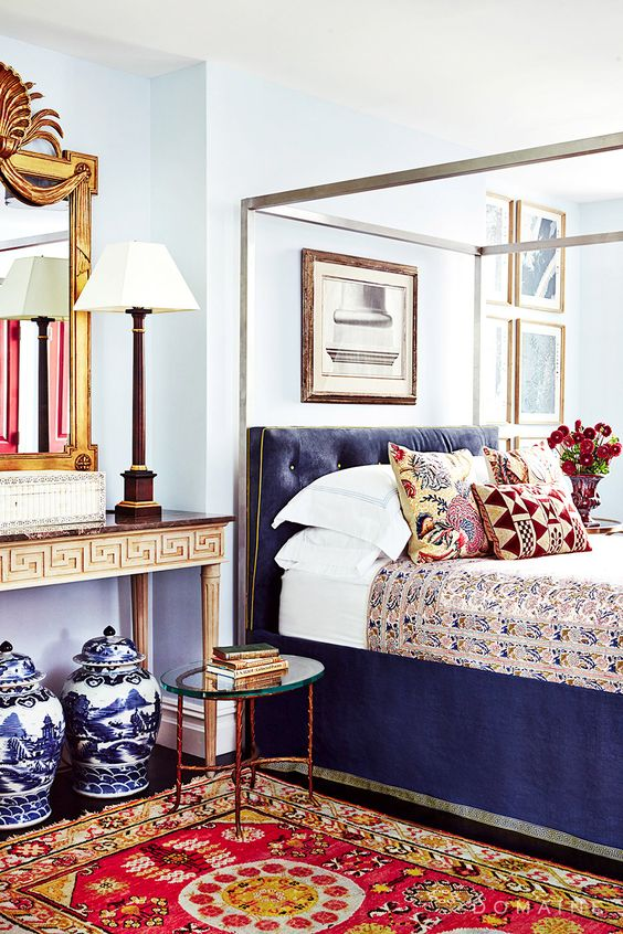beautiful maximalist bedroom