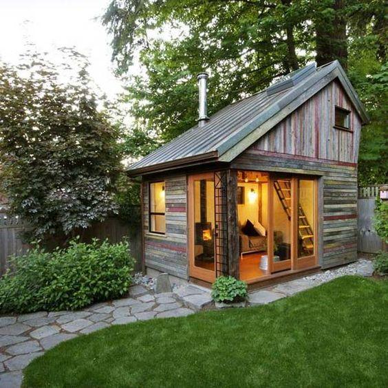 pallet backyard home office