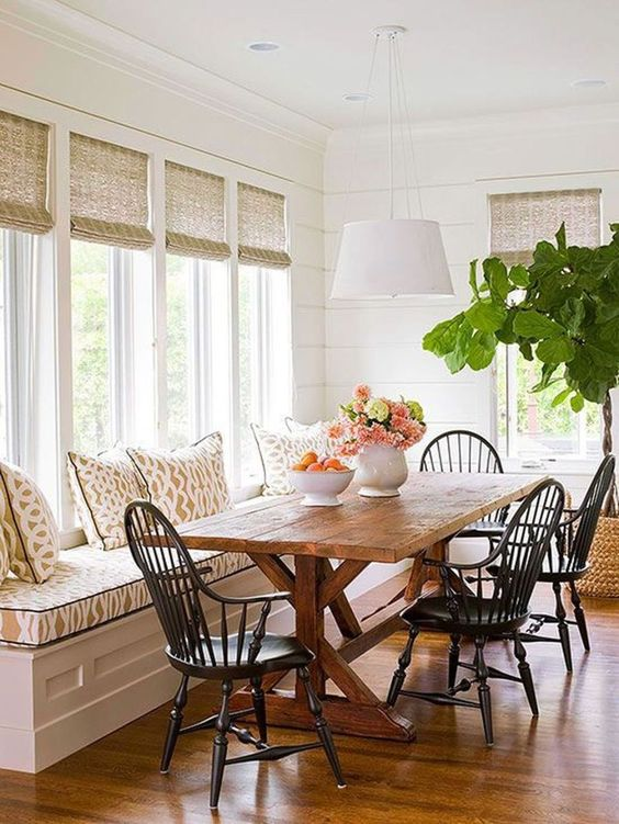 large farmhouse breakfast area