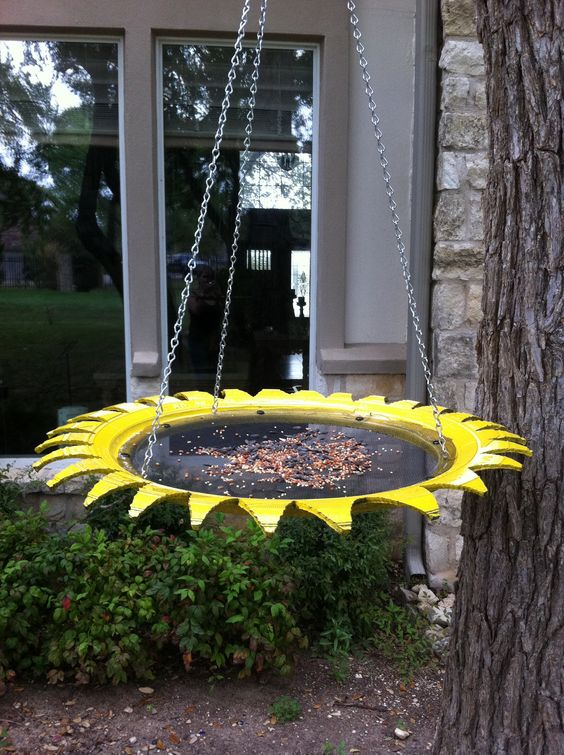 rubber bird feeder