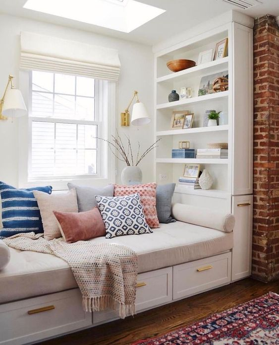 day bed reading nook