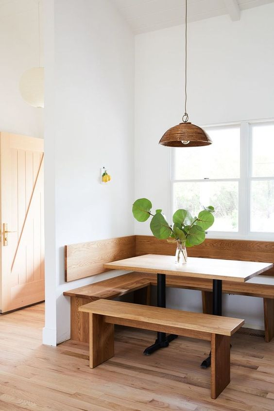 minimalist breakfast nook