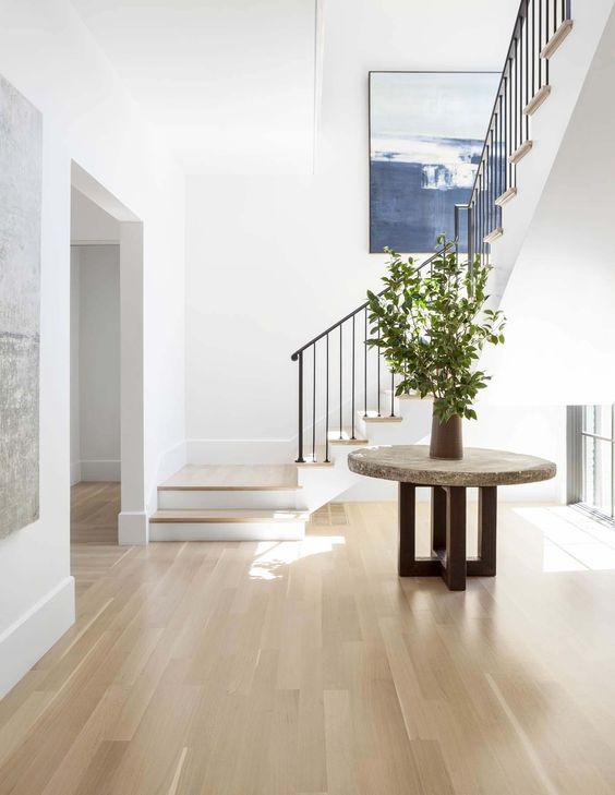 minimalist modern foyer