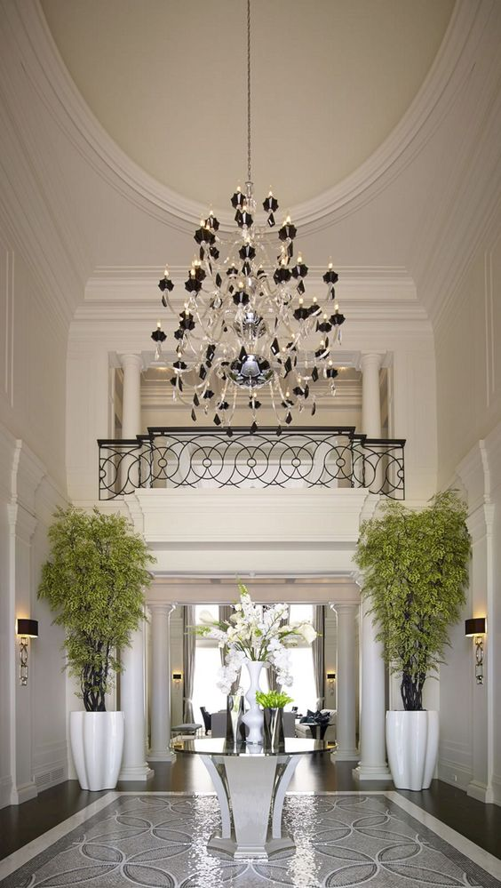 luxurious classic foyer