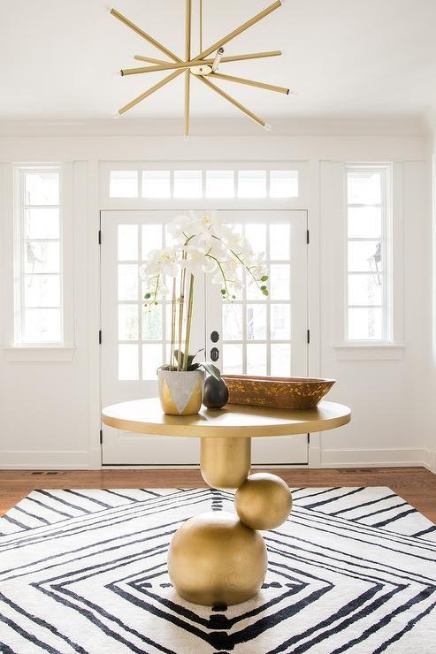 luxurious golden round table