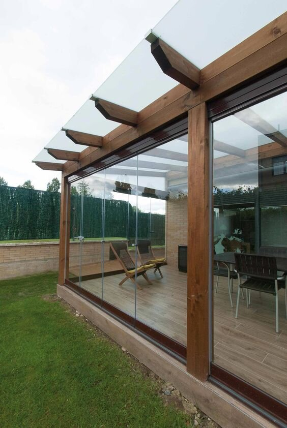 glass enclosed deck