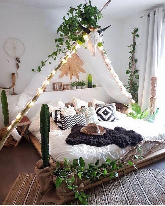 jungle themed bedroom