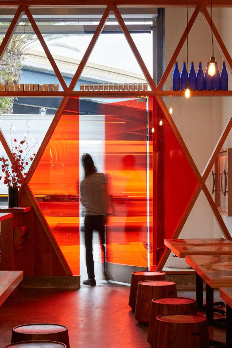 Orenchi-Ramen-Bar-Craig-Steely-japan-viventium-design-zachary-kraemer-4.jpg