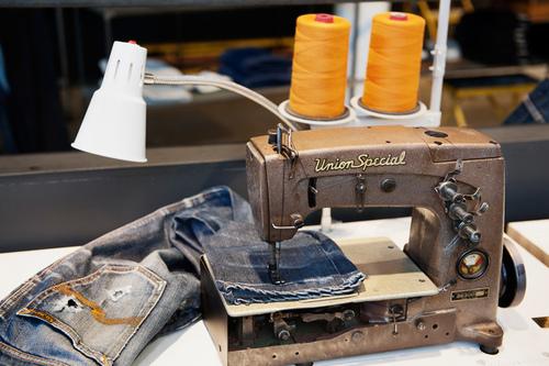 nudie-jeans-repair-shop-viventium-design-zachary-kraemer-5.jpg