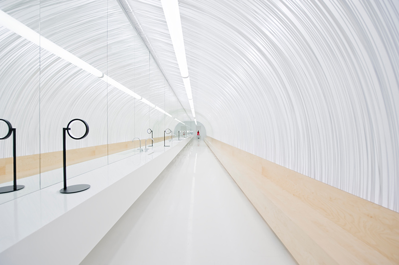 cheungvogl-selfie-room-au-pont-rouge-saint-petersburg-viventium-design-zachary-kraemer-1.jpg