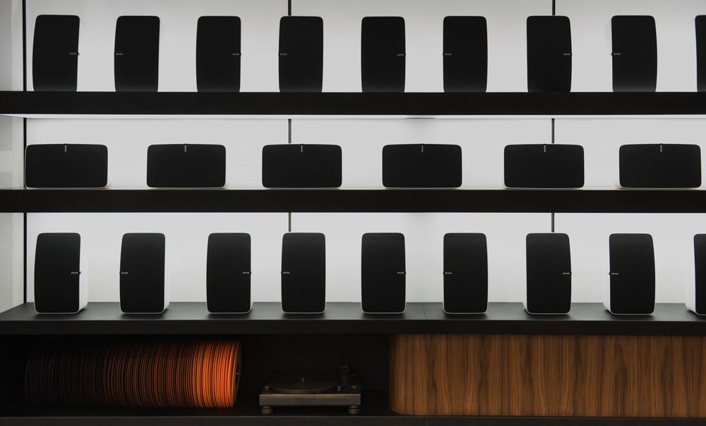 sonos-listening-room-viventium-design-zachary-kraemer-17.jpg