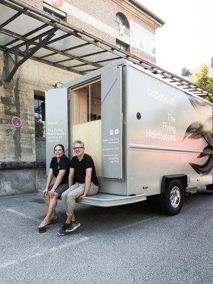 viventium-design-zac-kraemer-tzapos-the-flying-hairdressers-retail-design-2.jpg