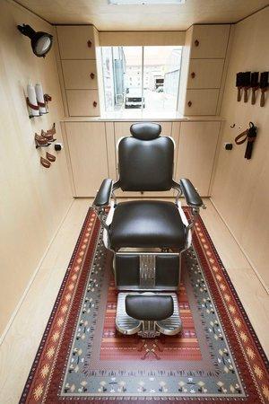 viventium-design-zac-kraemer-tzapos-the-flying-hairdressers-retail-design-8.jpg