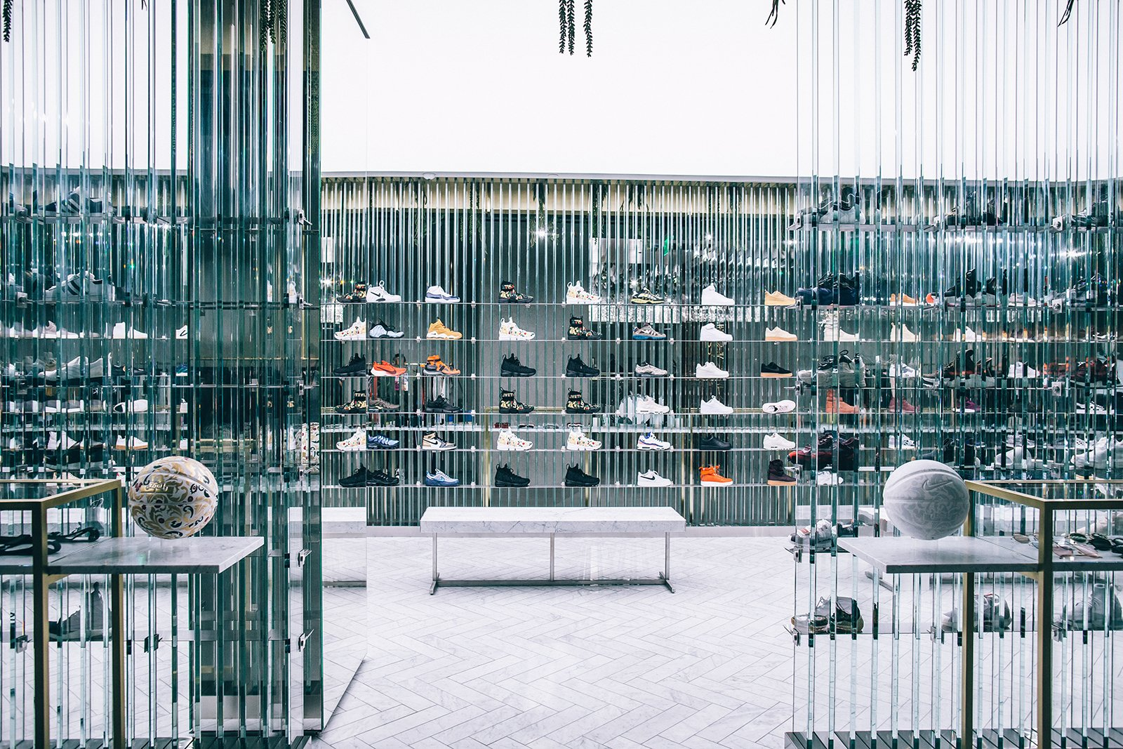iventium-design-zac-kraemer-kith-LA-experiential-retail-10.jpg