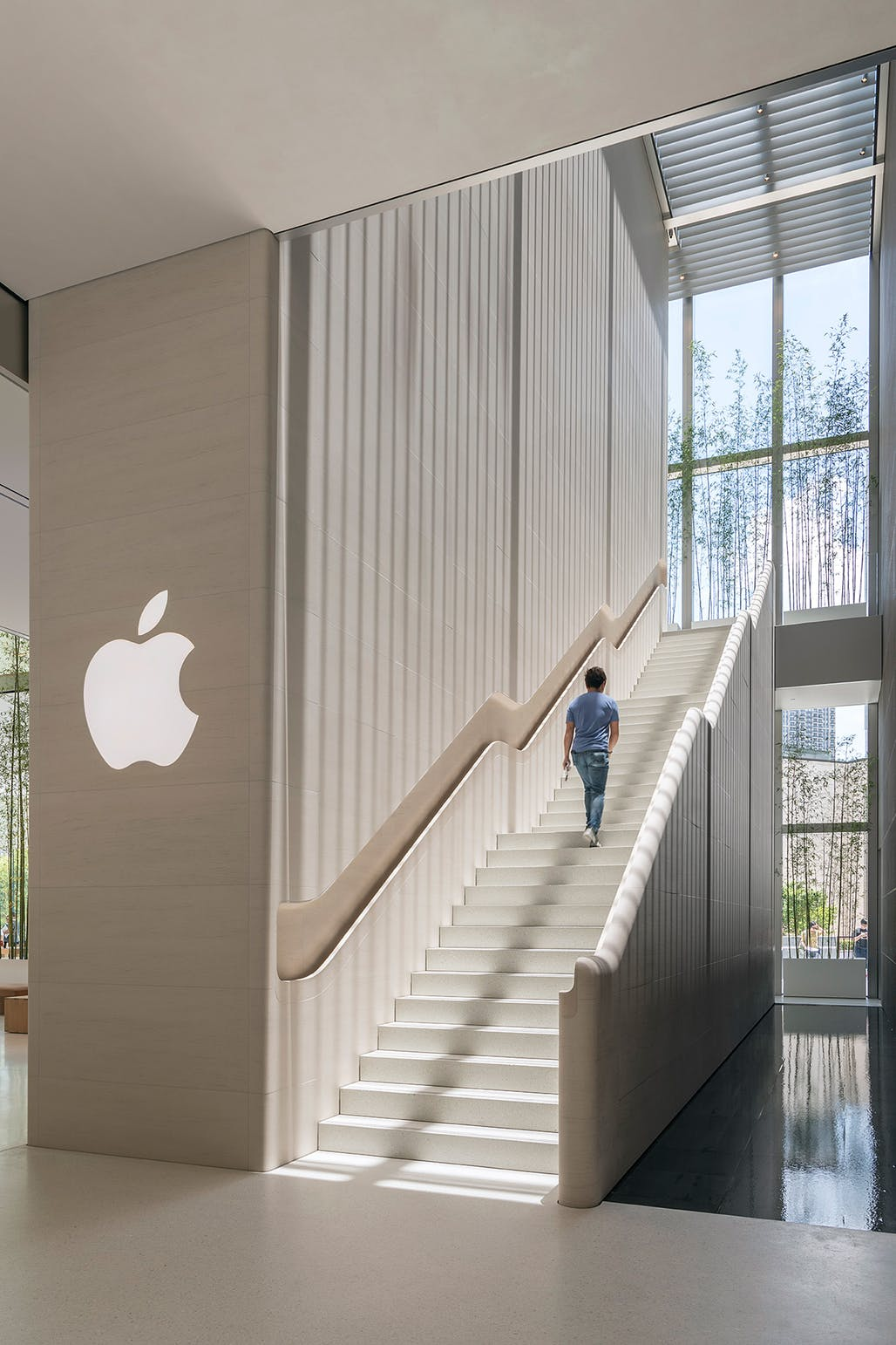 viventium-design-zac-kraemer-apple-macau-retail-experience-design-5.jpg
