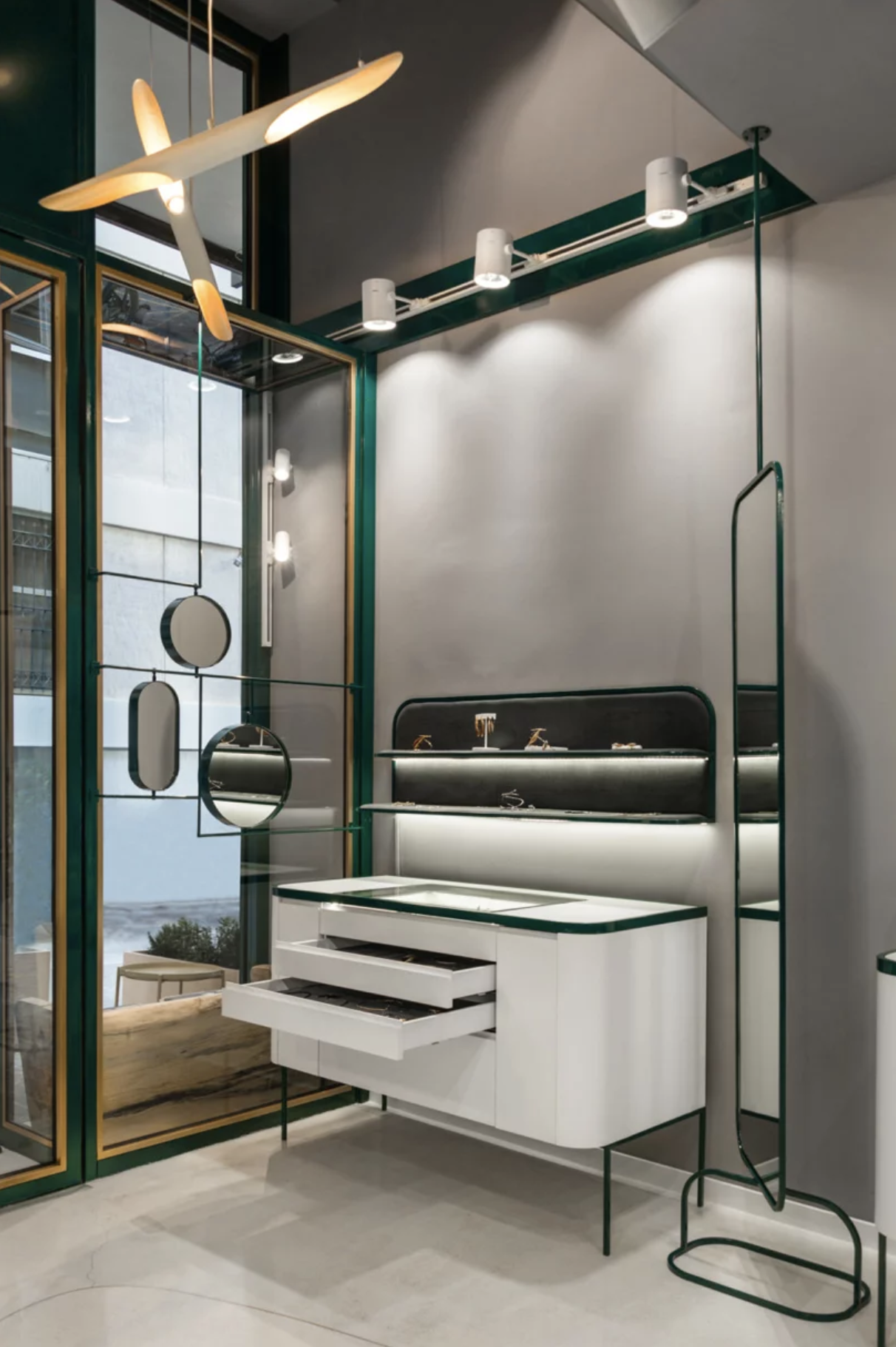 viventium-design-zac-kraemer-urban-soul-jewelry-retail-design-9.png