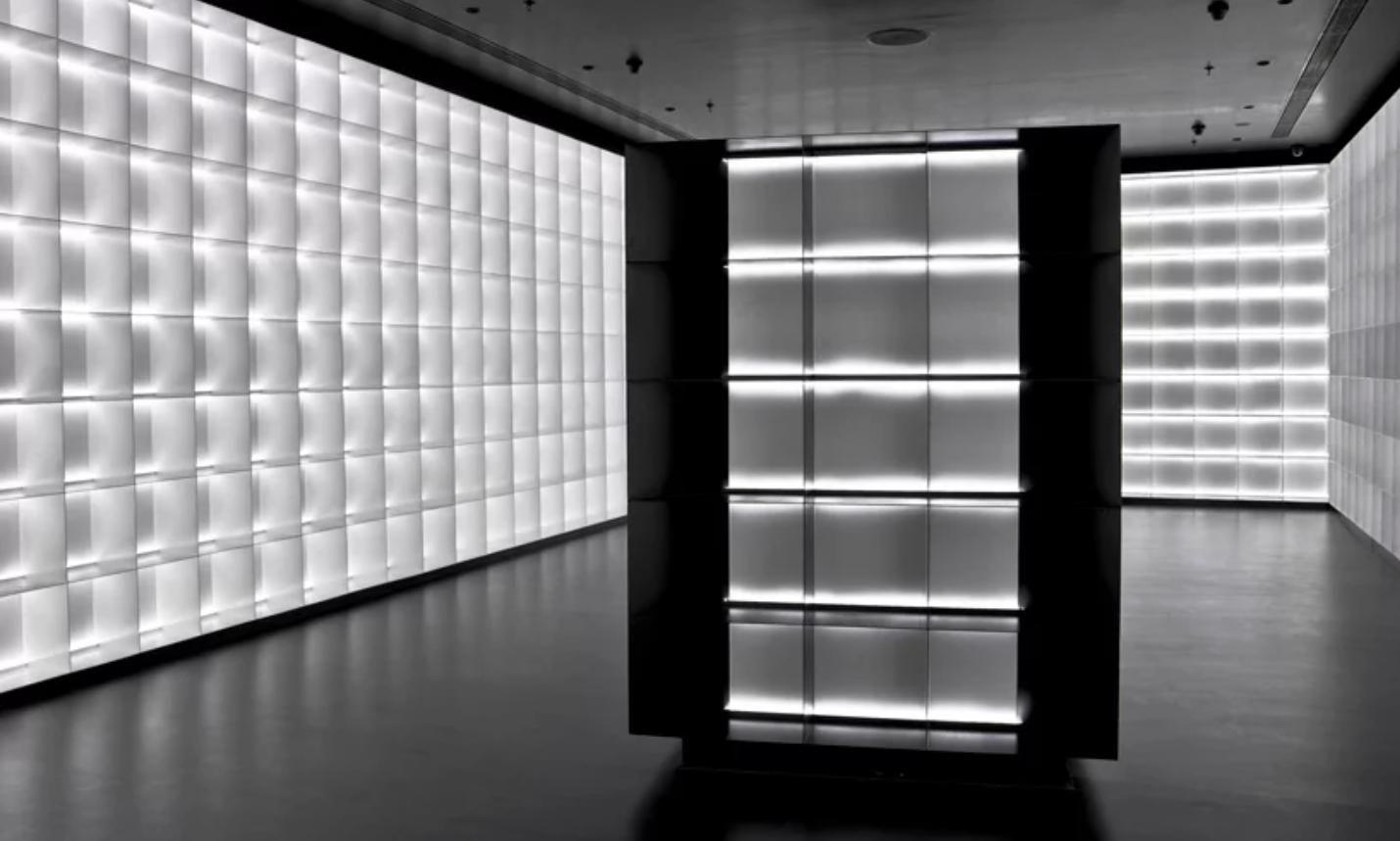 viventium-design-zac-kraemer-b&w-retail-design-2.png
