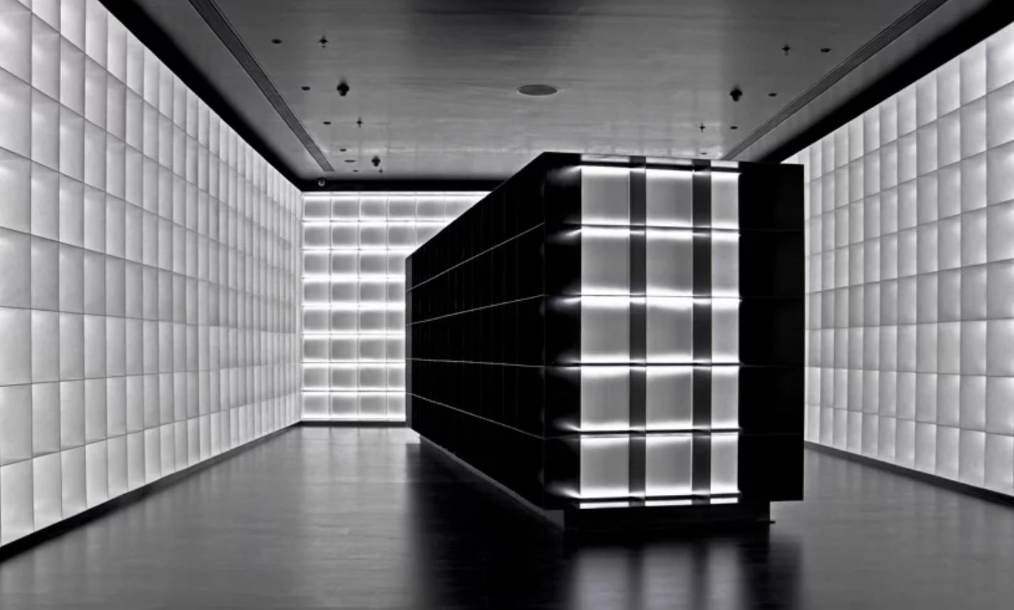 viventium-design-zac-kraemer-b&w-retail-design-3.png