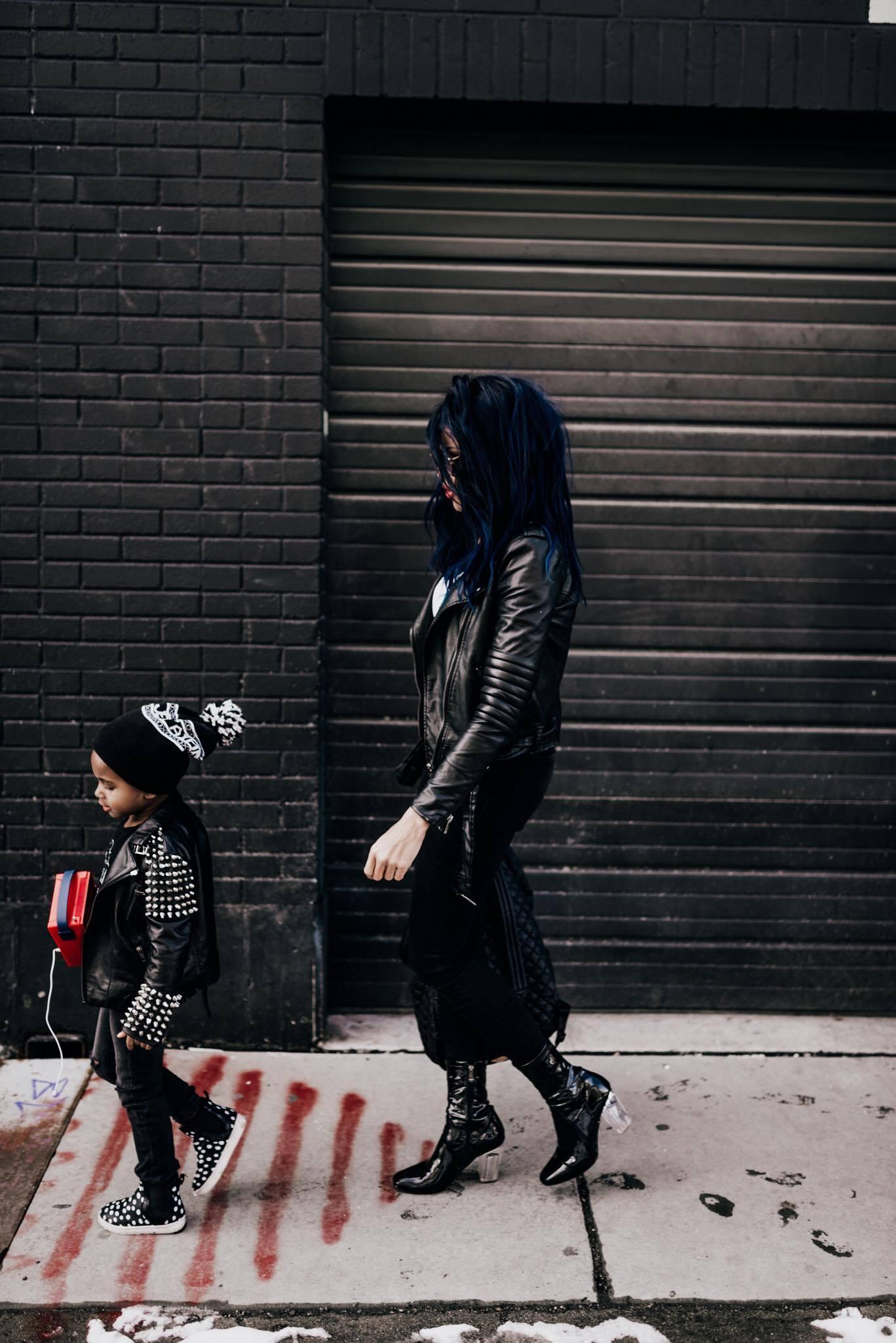 25 Mama Daughter Date Ideas by Utah mommy blogger Destiney of MomCrushMonday