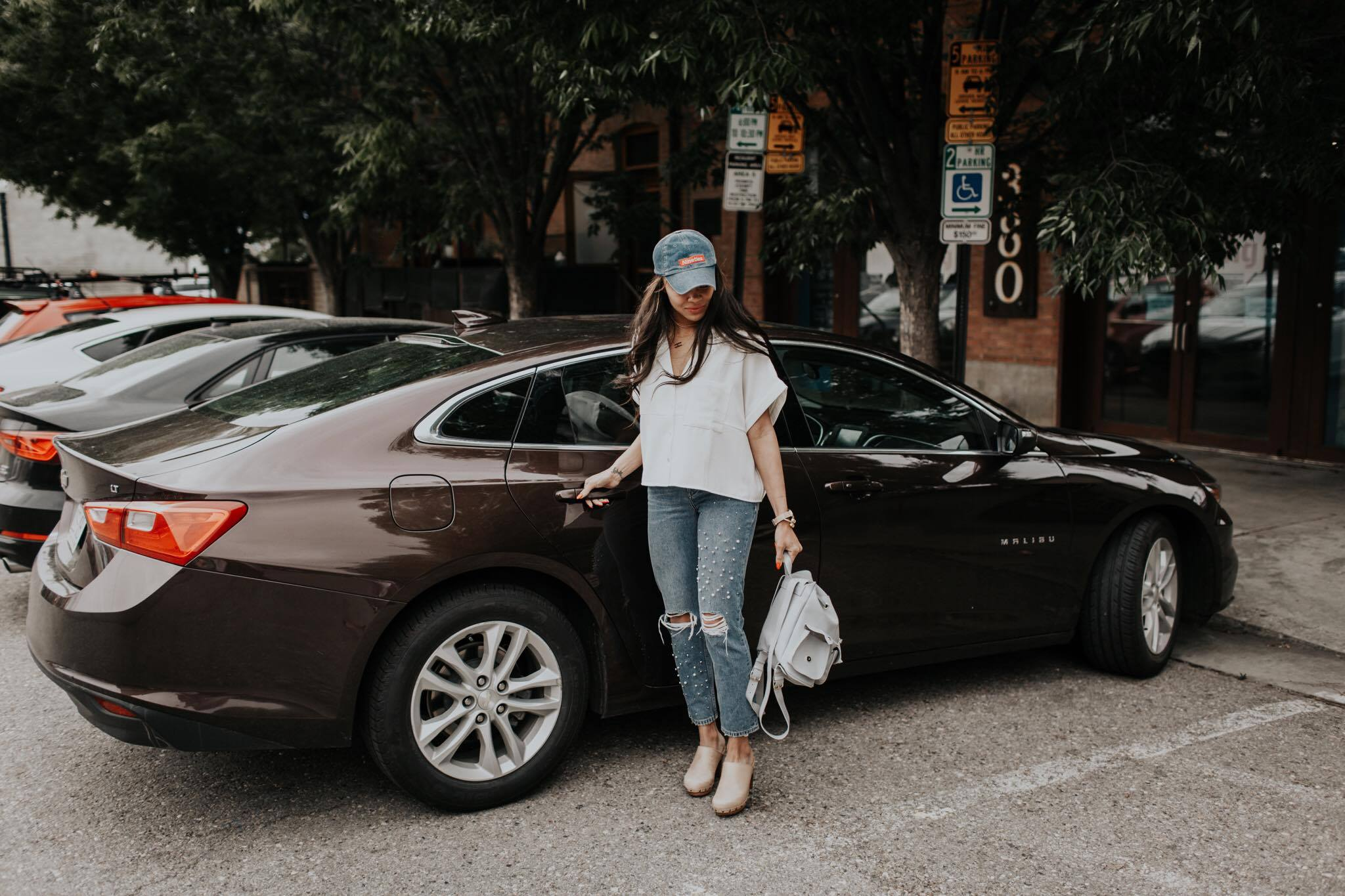 Why She Drives with Uber: Interview with Uber Driver Andrea by Utah mom blogger Destiney of MomCrushMonday