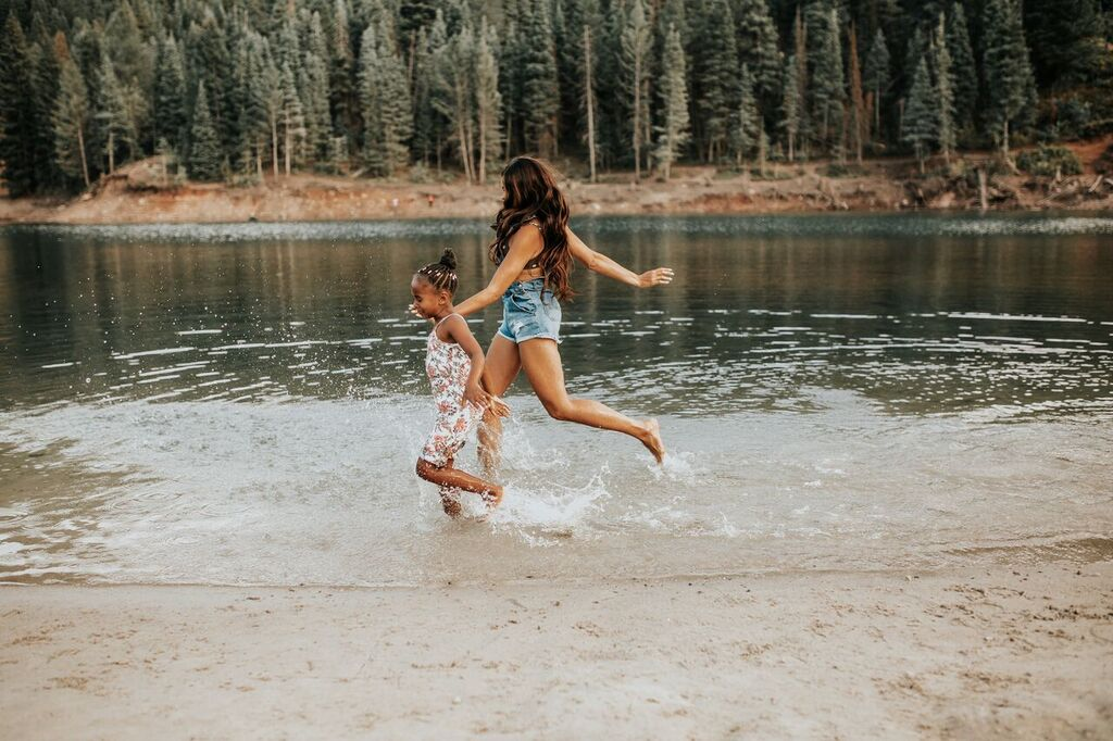Top lifestyle blogger, MomCrushMonday, shares her thoughts on Overcoming Commitment