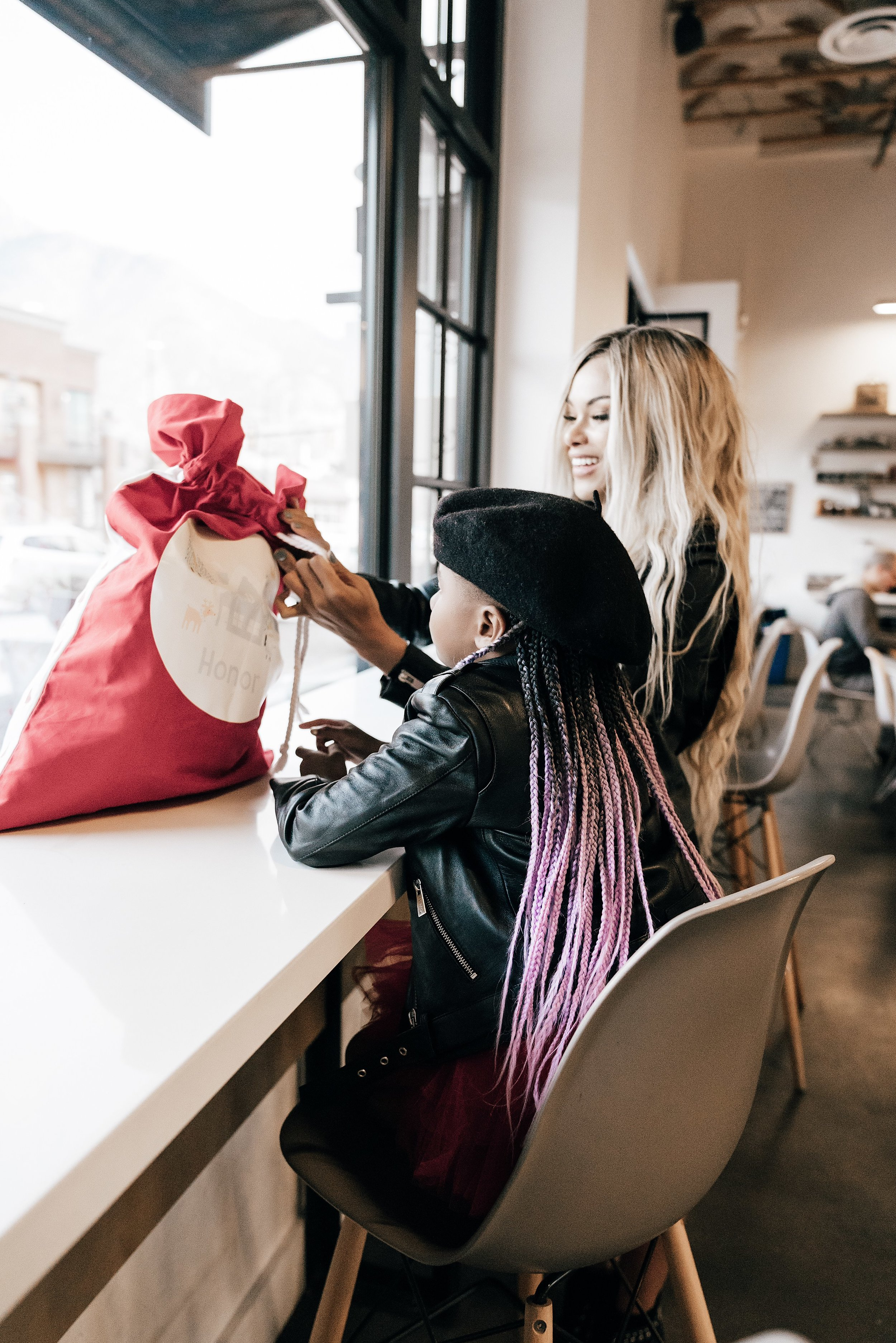 5 Ways to Prepare for the Holidays featured by top lifestyle blogger and influencer, MomCrushMonday