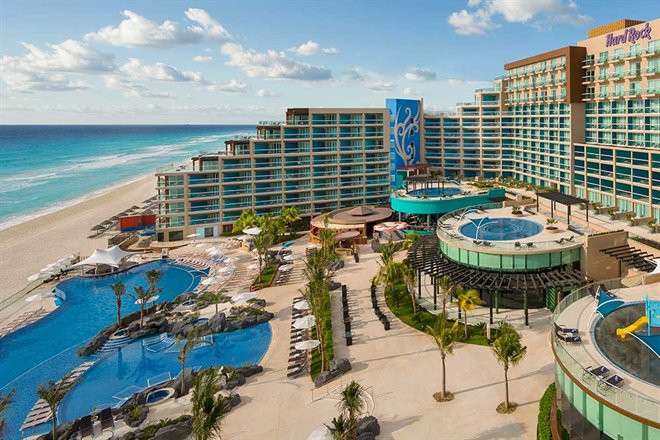 Hard Rock Hotel Cancun review featured by top US travel blog , Mom Crush Monday