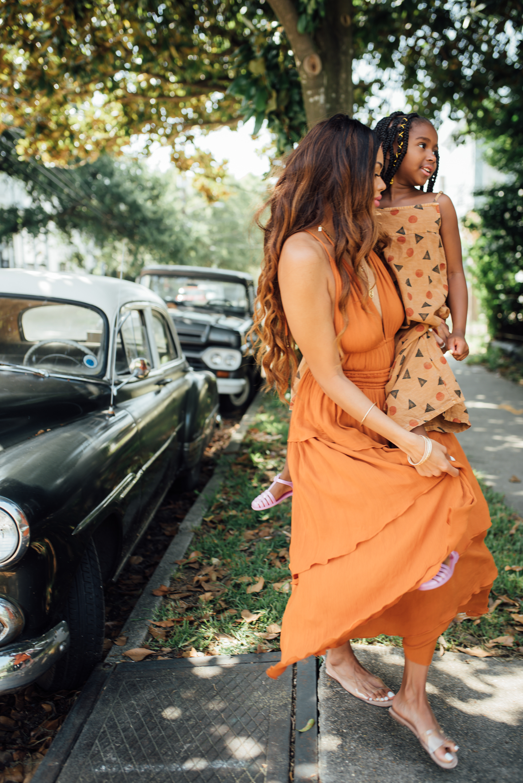 $20 Mommy & Daughter Date Night Ideas featured by top US life and style influencer, MomCrushMonday