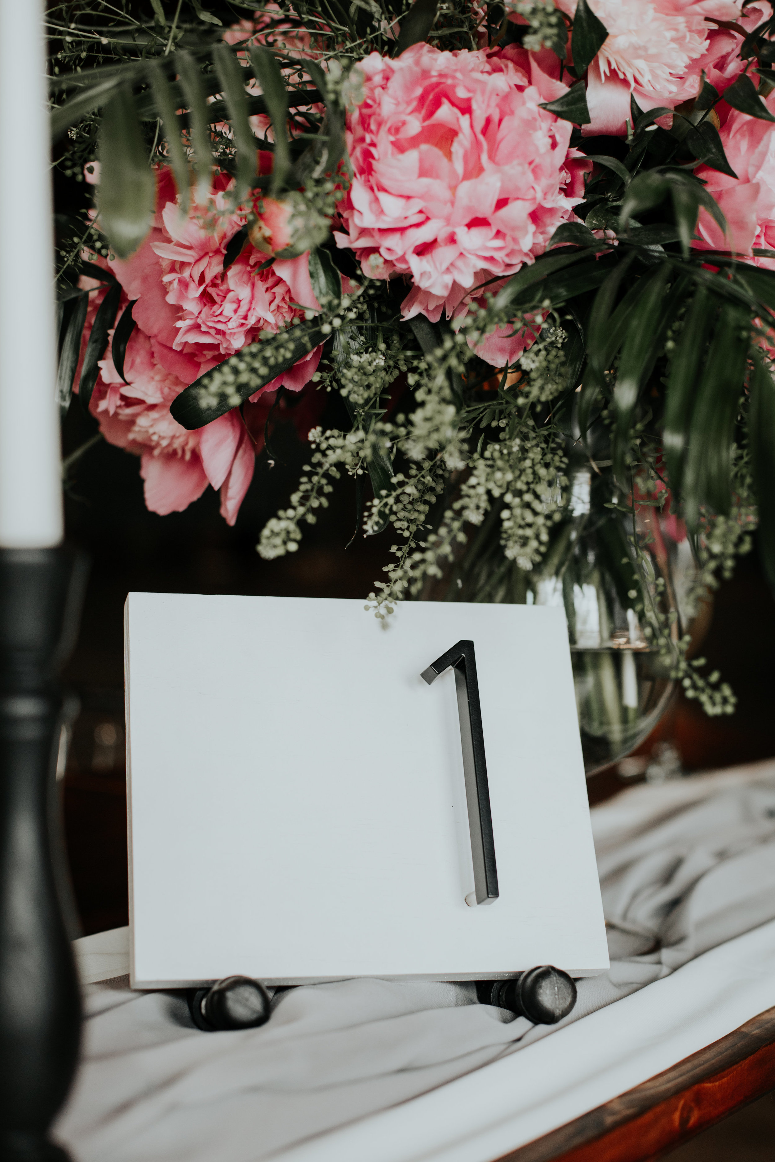 Industrial, modern wedding reception | Be Images