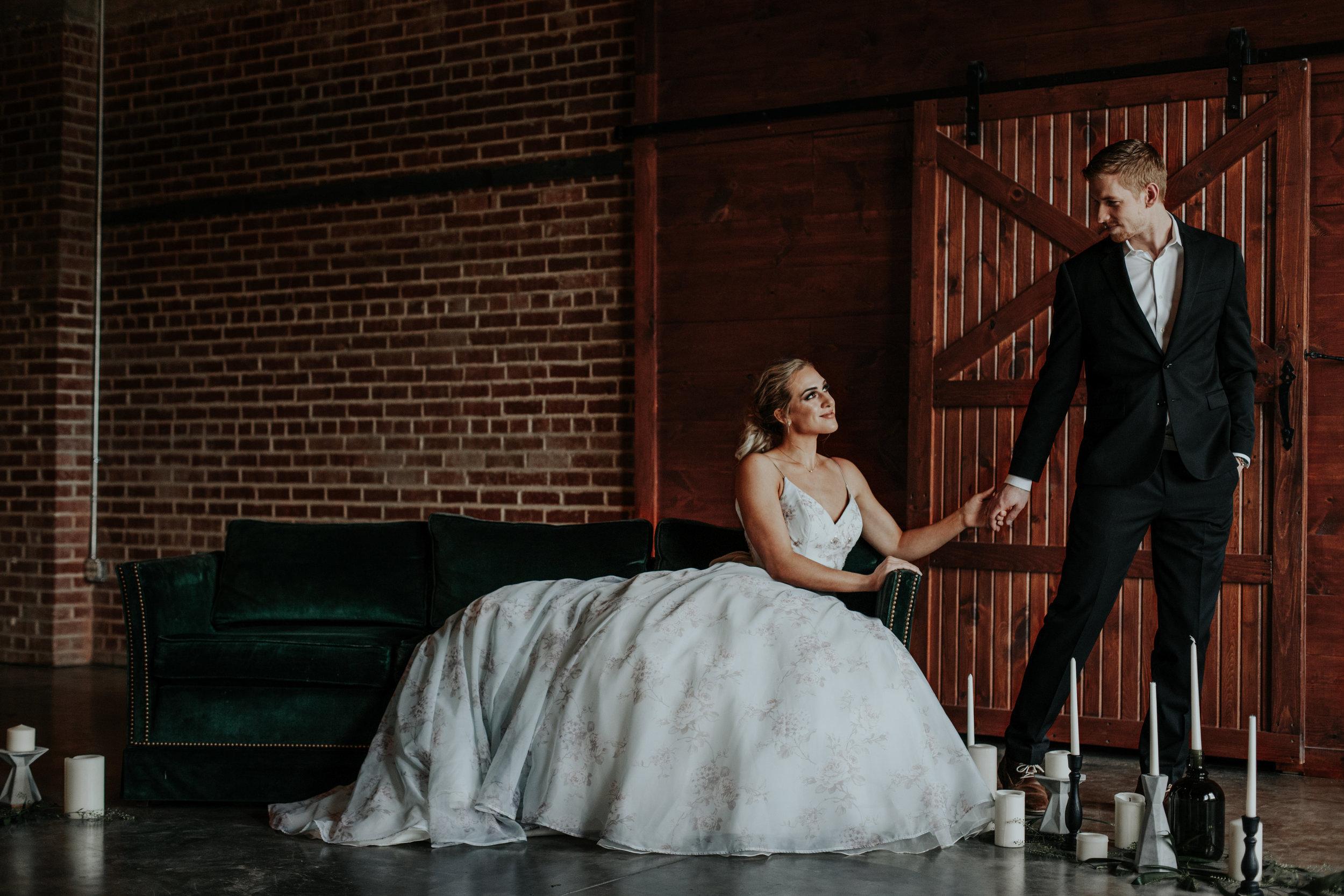 Romantic portraits for the modern bride.