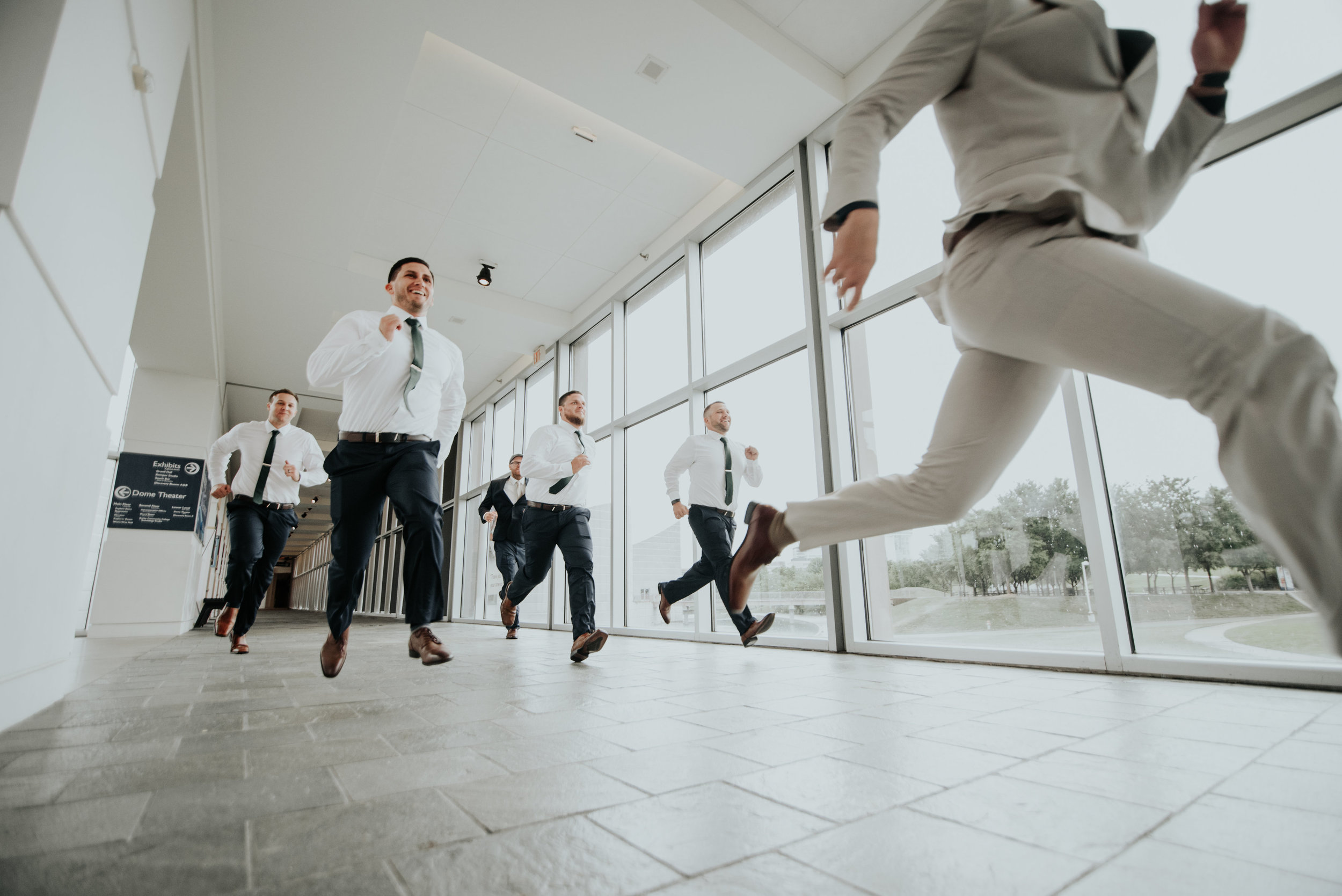 Groomsmen photo ideas | Be Images