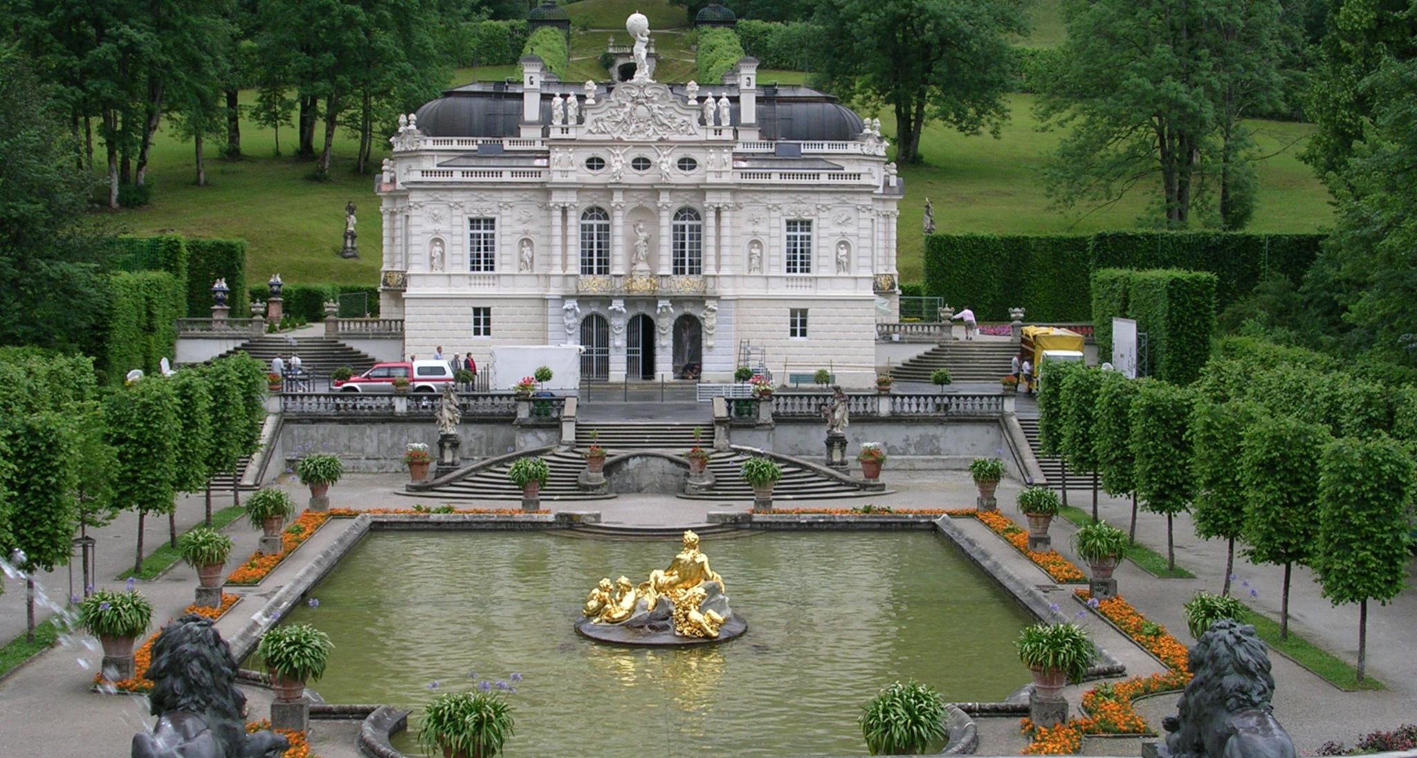 linderhof-castle-bavaria.jpg