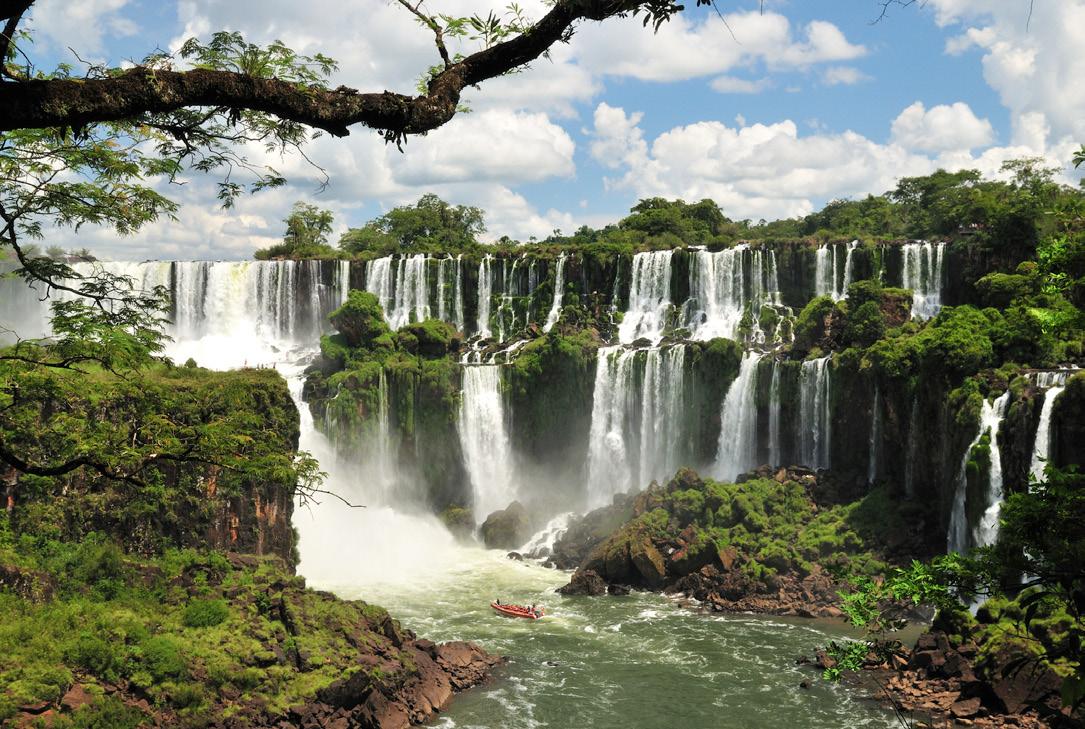 Iguazu-Falls.jpg