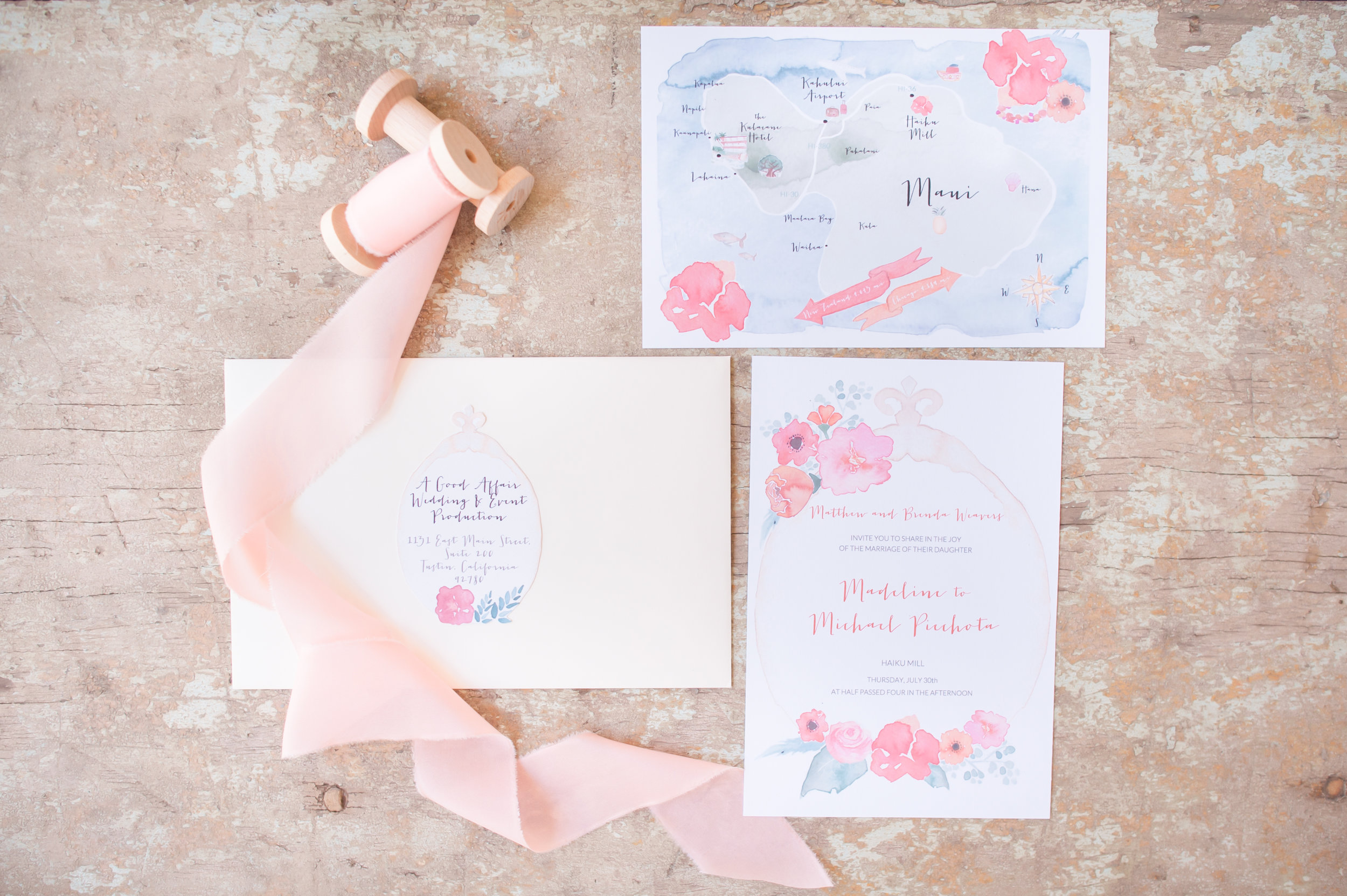 Watercolor Invitation, Place Cards and Menu for Maui, Hawaii Wedding | Vie de Vic Fine Illustration & Stationery | Photo: KLK Photography | Event Design: A Good Affair