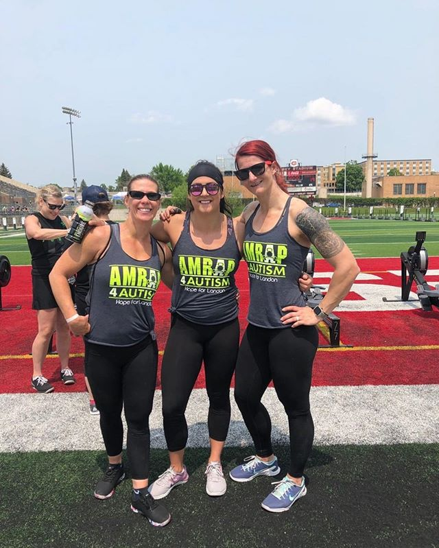 A4A athletes @stephanie.munn @mommaquigz @abteague3 representing Amrap at the Granite Games Championship this past weekend. ❤️❤️❤️seeing this community support. #amrap4autism #crossfit #bestofclt #thankyou