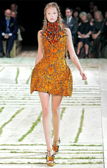 Alexander-McQueen-butterflies-Dress.jpg