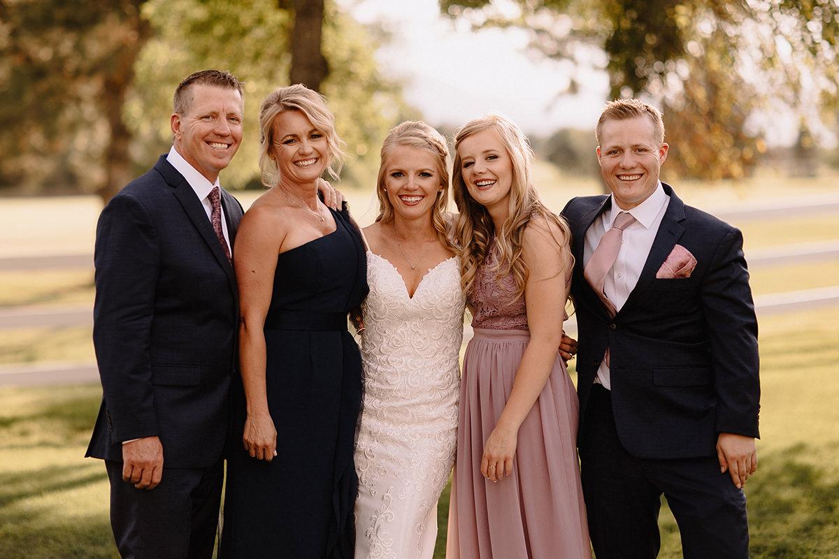 liz osban wedding family photos 4.jpg
