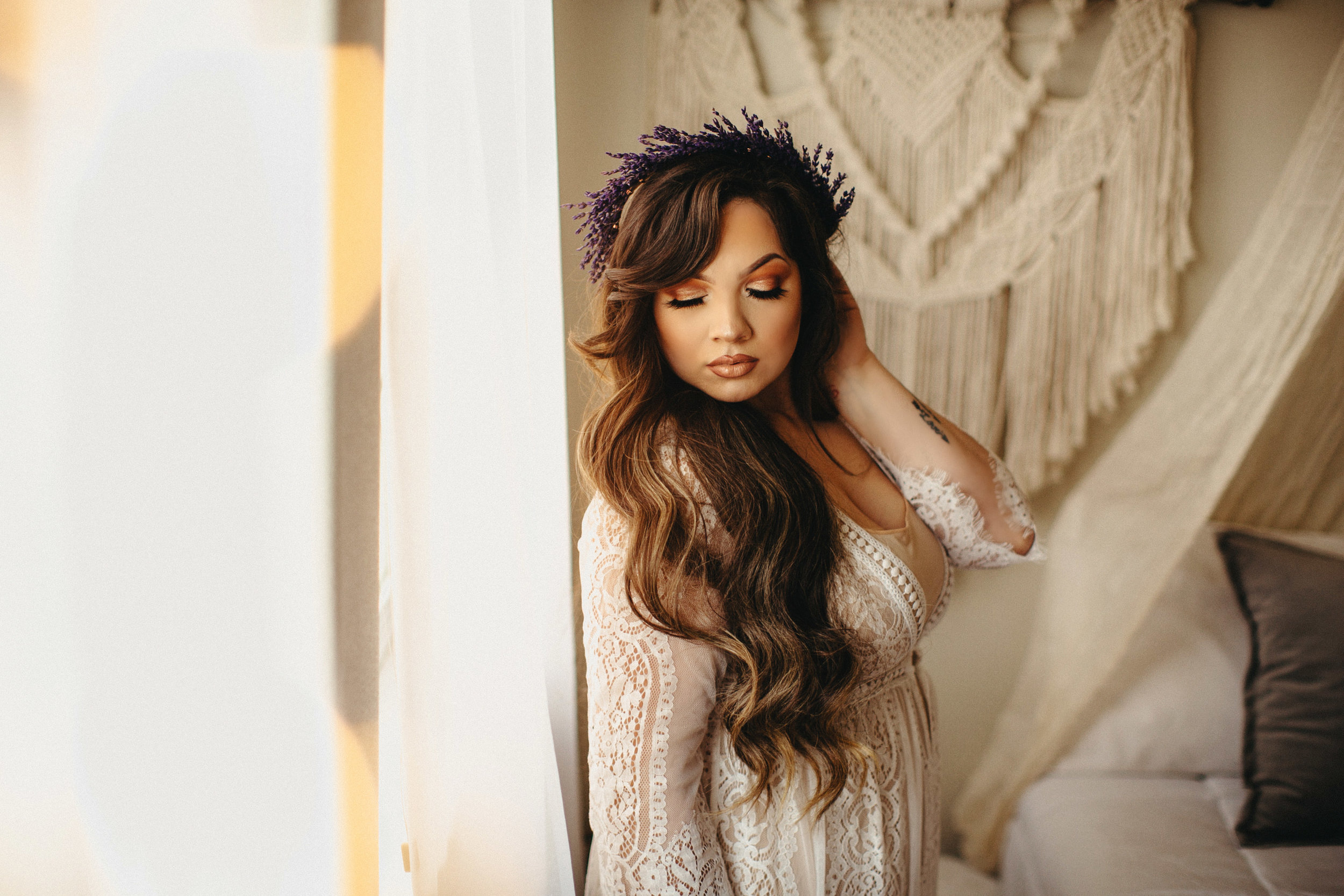 Liz Osban Photography Boudoir Sweetheart Sessions Session Tavae Hurtado pinup Cheyenne Wyoming Ft Collins Colorado Self Love Flower Crown Wedding Elope Eloping Elopement Engaged Gift8.jpg