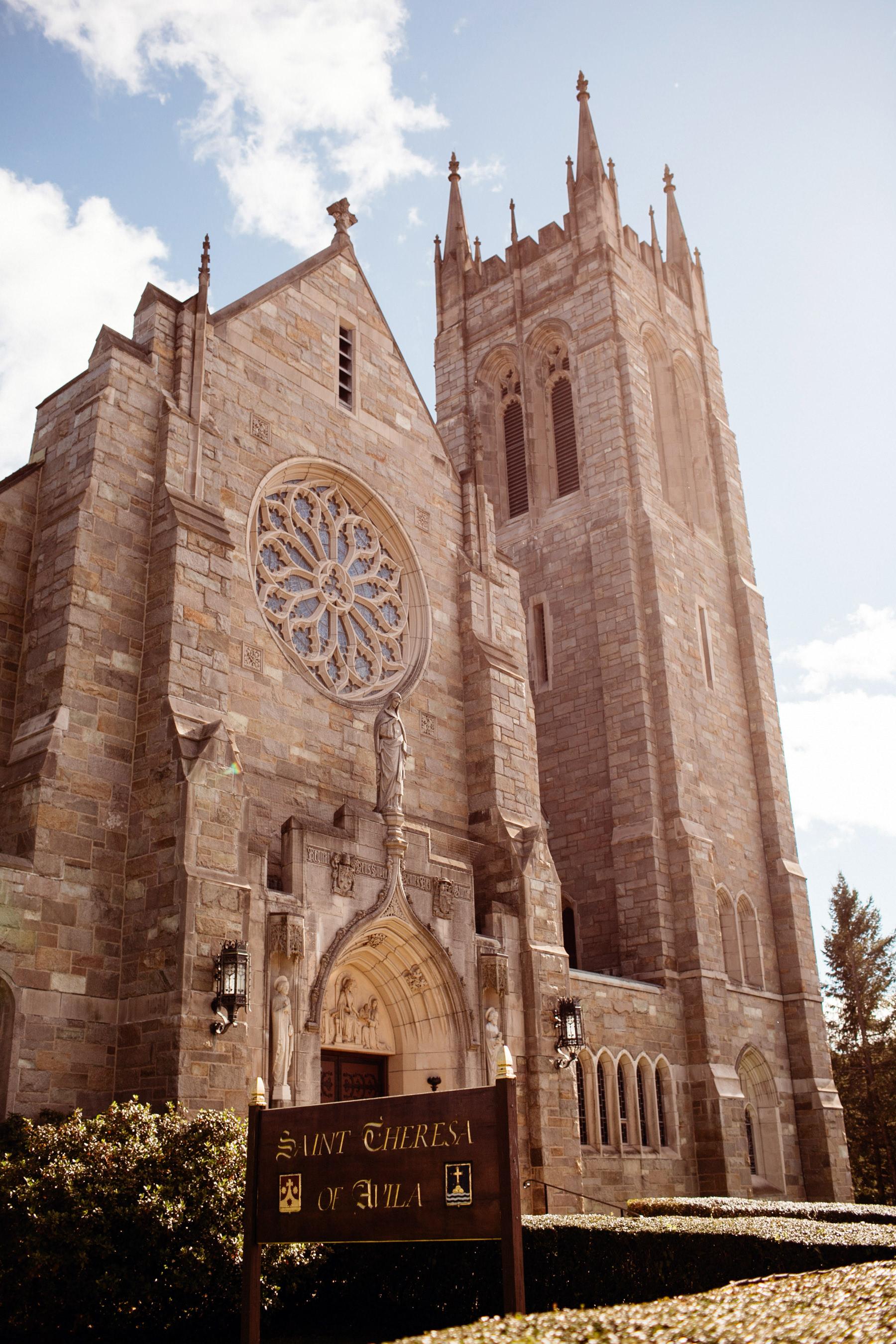 Quincy Ma Massachusetts Wedding Dedham Boston Granie Links Wedding New England Catholic Cathedral Liz Osban Photography 29.jpg