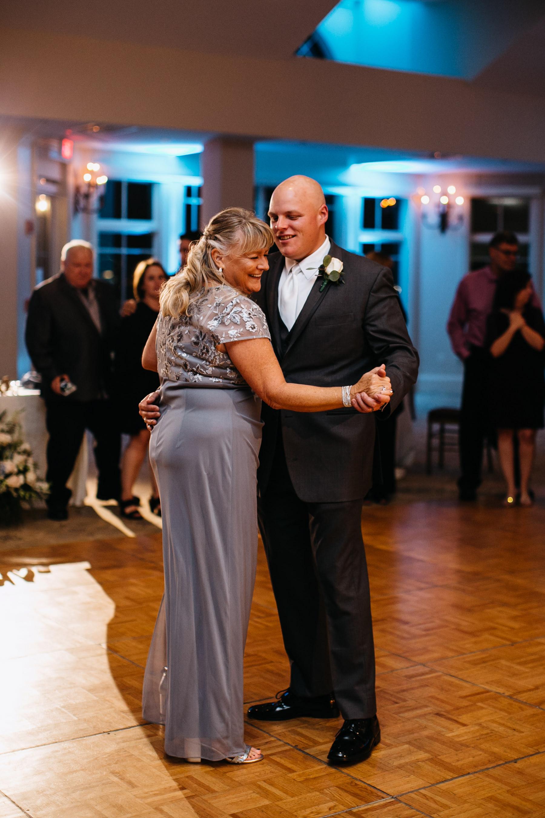 Quincy Ma Massachusetts Wedding Dedham Boston Granie Links Wedding New England Catholic Cathedral Liz Osban Photography 113.jpg