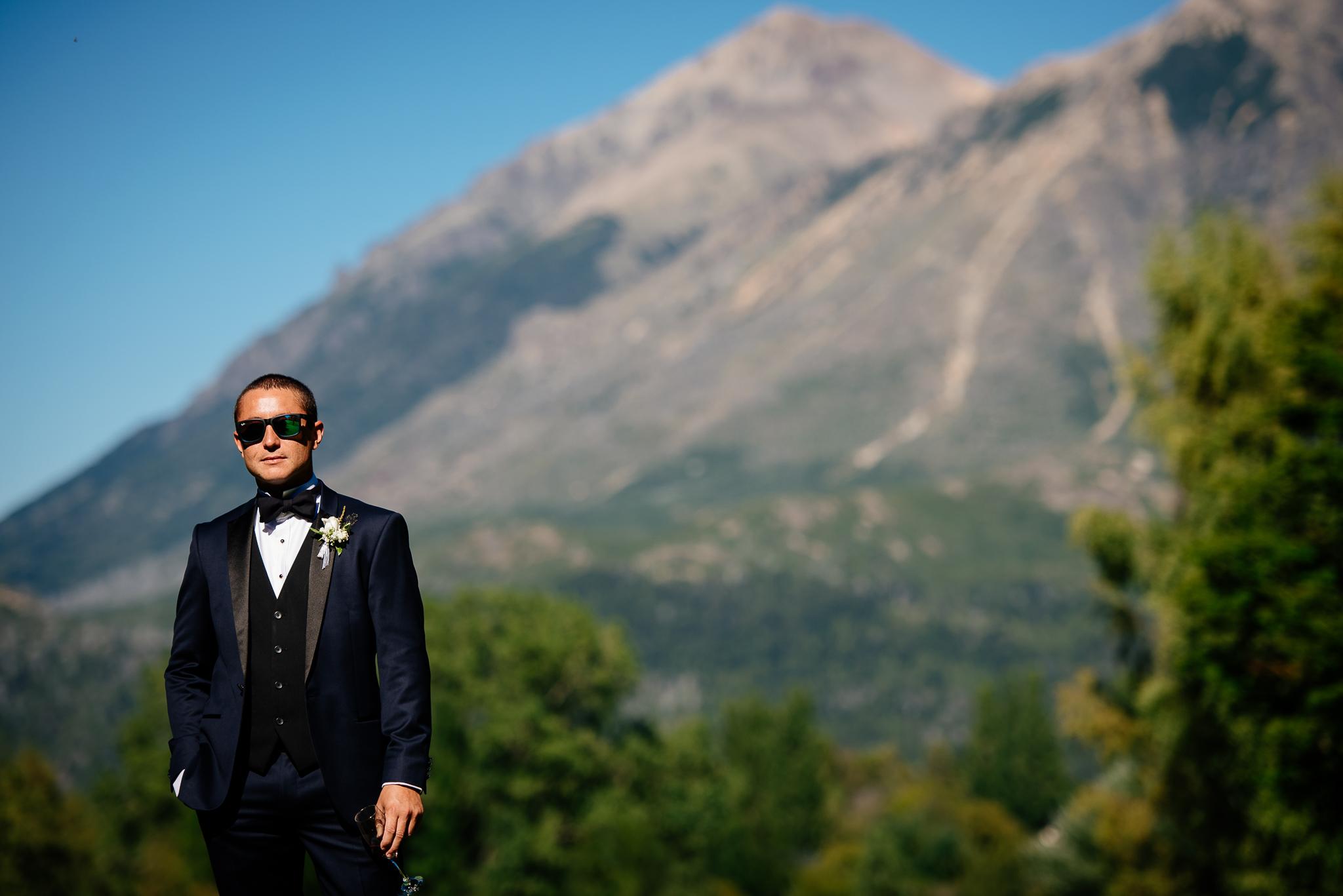 boda-bariloche-maxi-oviedo-fotografo-ramo-vestido-de-novia-8.jpg