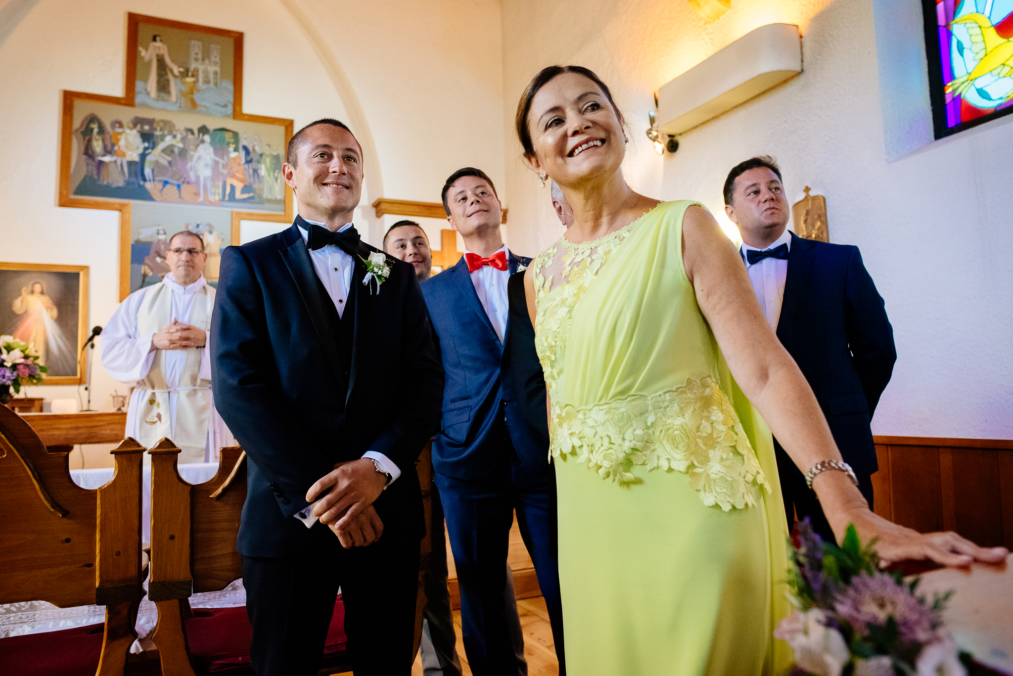 boda-bariloche-maxi-oviedo-fotografo-ramo-vestido-de-novia-27.jpg