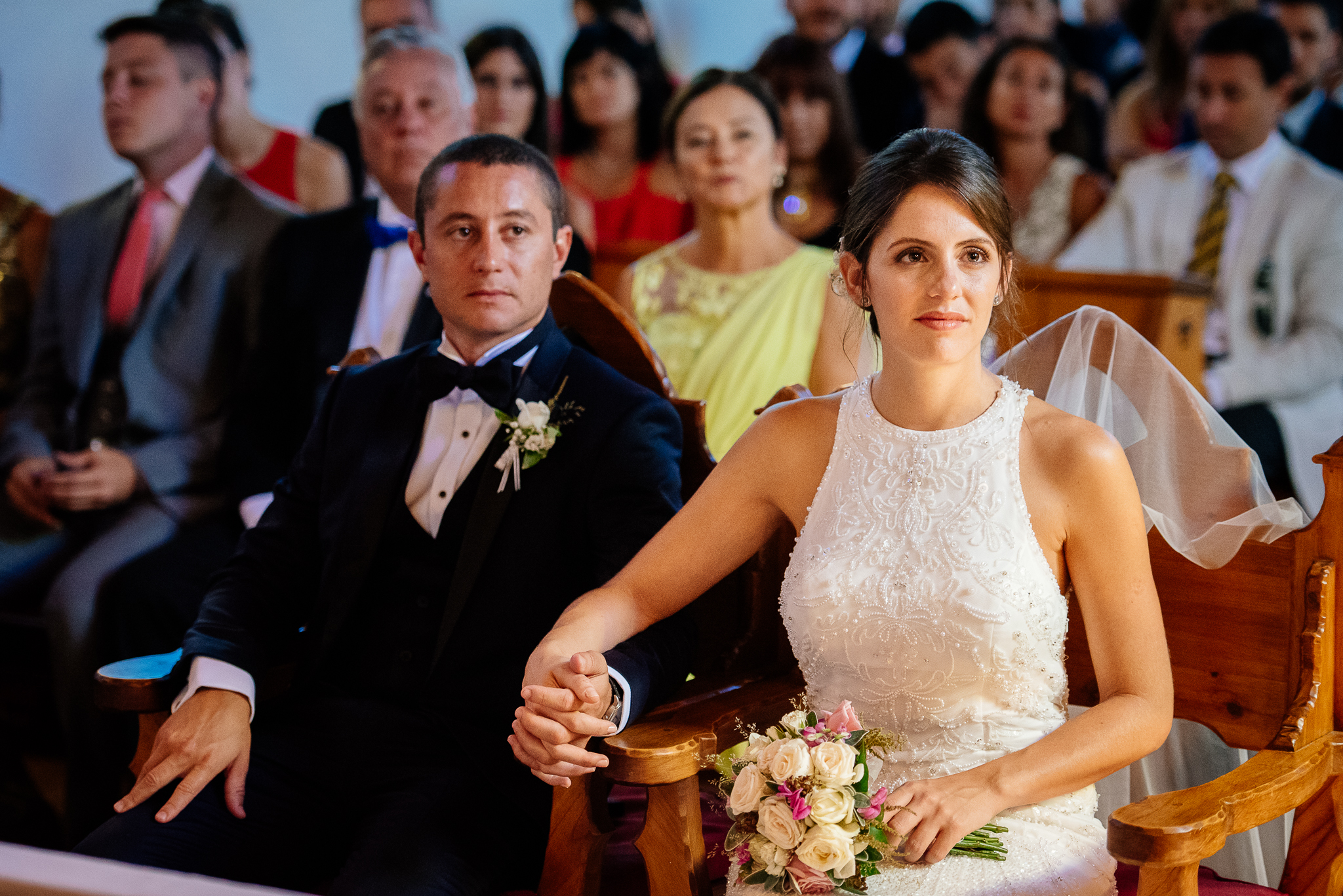 boda-bariloche-maxi-oviedo-fotografo-ramo-vestido-de-novia-32.jpg
