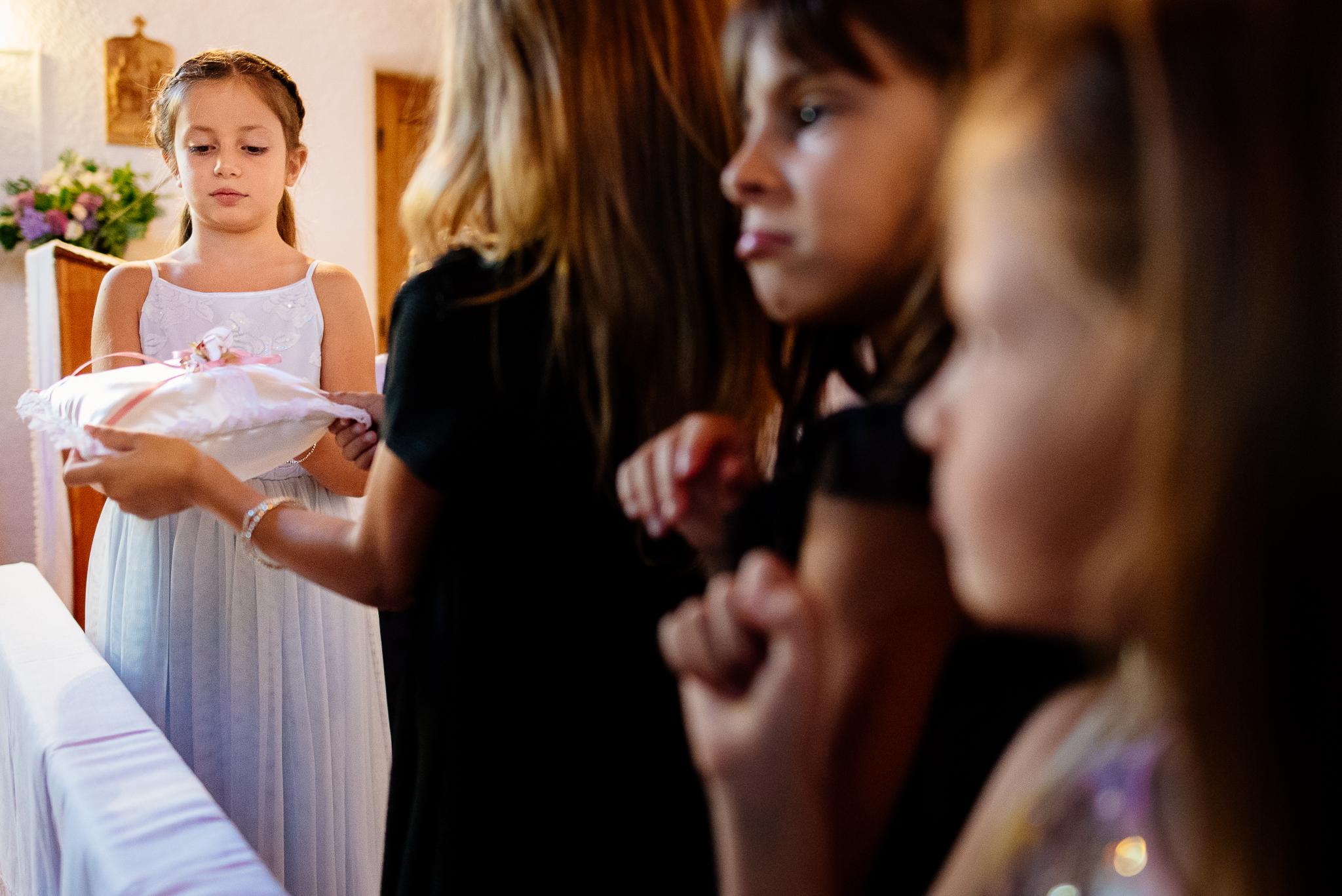 boda-bariloche-maxi-oviedo-fotografo-ramo-vestido-de-novia-36.jpg