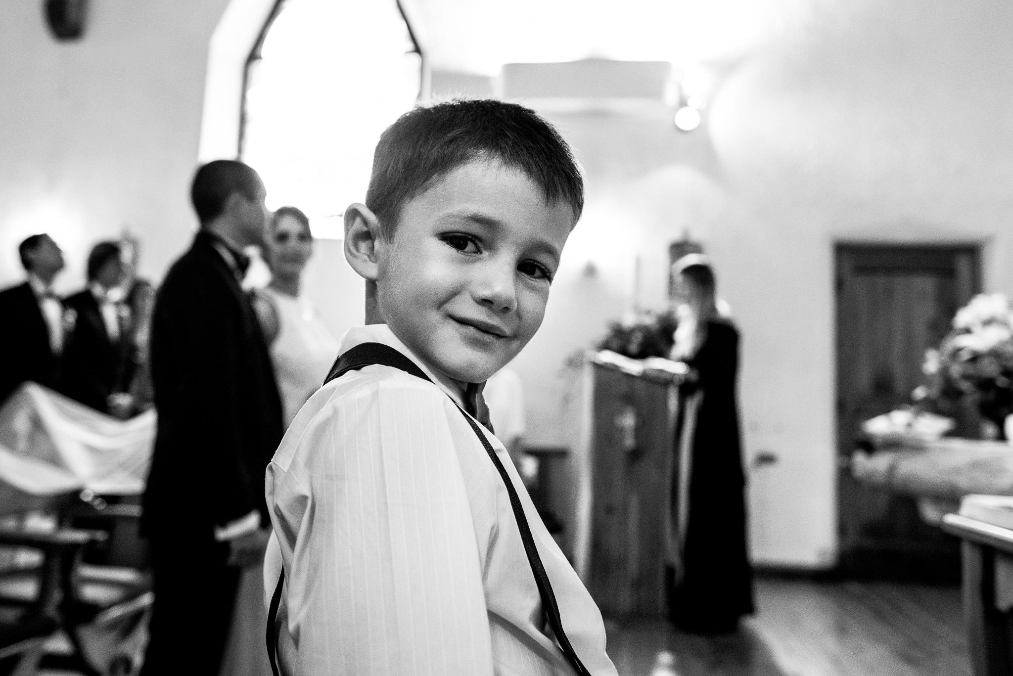 boda-bariloche-maxi-oviedo-fotografo-ramo-vestido-de-novia-38.jpg